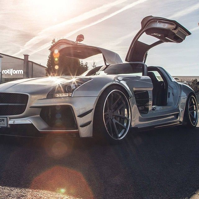 Widebody SLS • Follow @Michael_Louis_ • • Check out www.MichaelLouis.com • _________________________________ • Photo by @priordesignusa