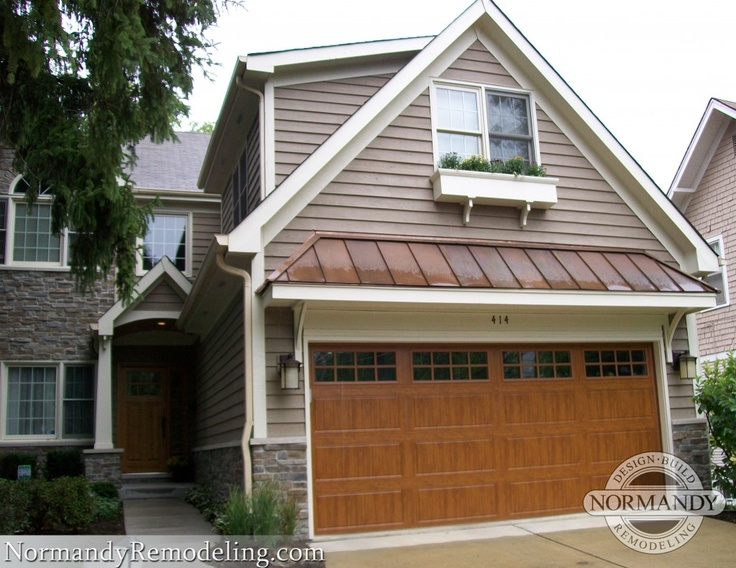 82 best home exteriors images on pinterest arquitetura for Craftsman roofing