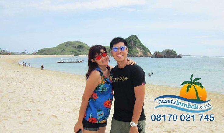 Ini Dia Wisata Pantai Kuta Lombok Yang Ekostis dan Menawan. Info lebih lengkap kunjungi . . . . . . . . . . . . . http://www.wisatalombok.co.id/info-wisata-lombok/pantai-kuta-objek-wisata-paling-eksotis-di-lombok-2/
