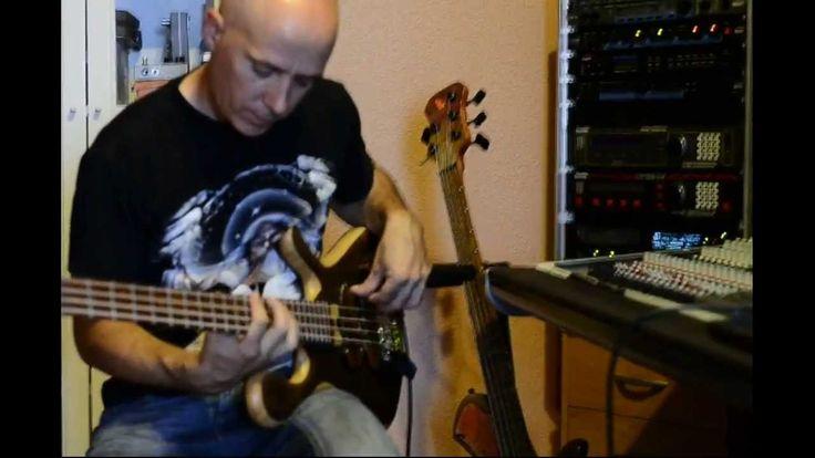 Testing a Darens 4 bass guitar by JanAid Guitars. Part 2
