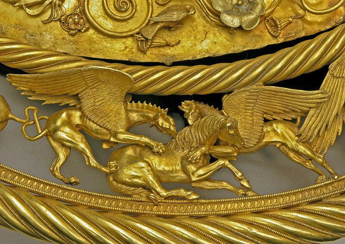 Two griffins attacking a horse - Scythian gold pectoral