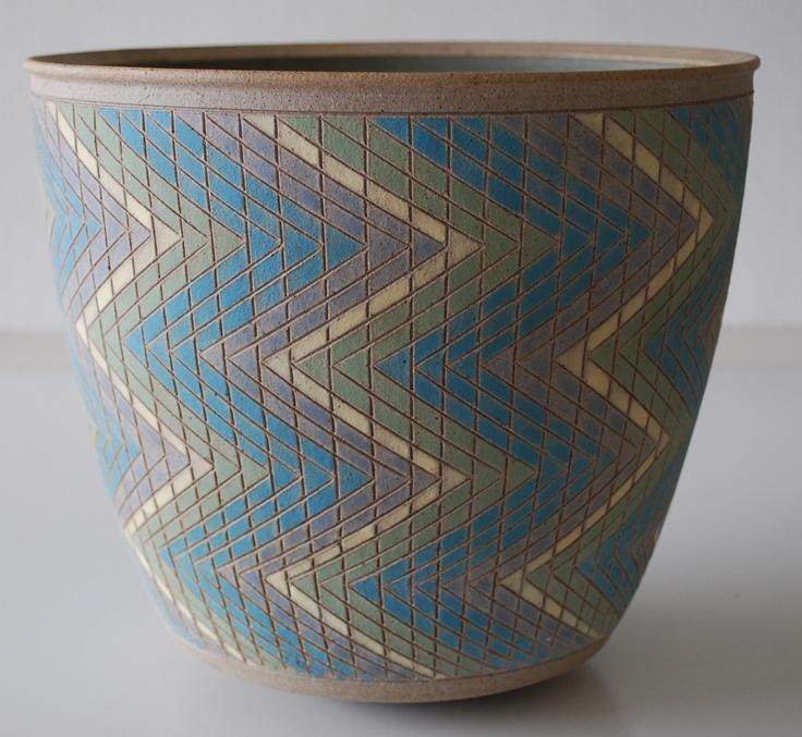 Per Rehfeldt, bowl in stoneware. Incised and handpainted. Own studio, Gudhjem, Bornholm, Denmark.