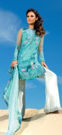Sobia Nazir New Winter Dresses 2016-17 http://www.fashionhacks.net/sobia-nazir-new-winter-dresses-2016-17/ … #SobiaNazir