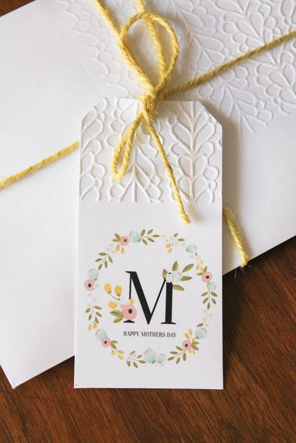 Free Printable Mothers Day Gift Tag | Mother's Day Messages  | from  A Spoonful of Sugar