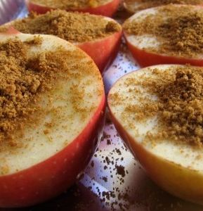 Healthy baked apples!! Delicious!