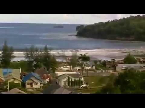 Detik-detik Tsunami Aceh 26 Desember 2004 - YouTube