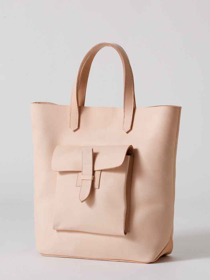 Sturdy Leather Tote in Natural, perfect for Back to School, Back to Work or simply Back to Reality!  #leather #tote #nude  (Really want this for school)