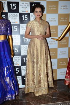 DIA MIRZA WEARS AN ENSEMBLE FROM ANITA DONGRE'S BENARES WEAVES LINE