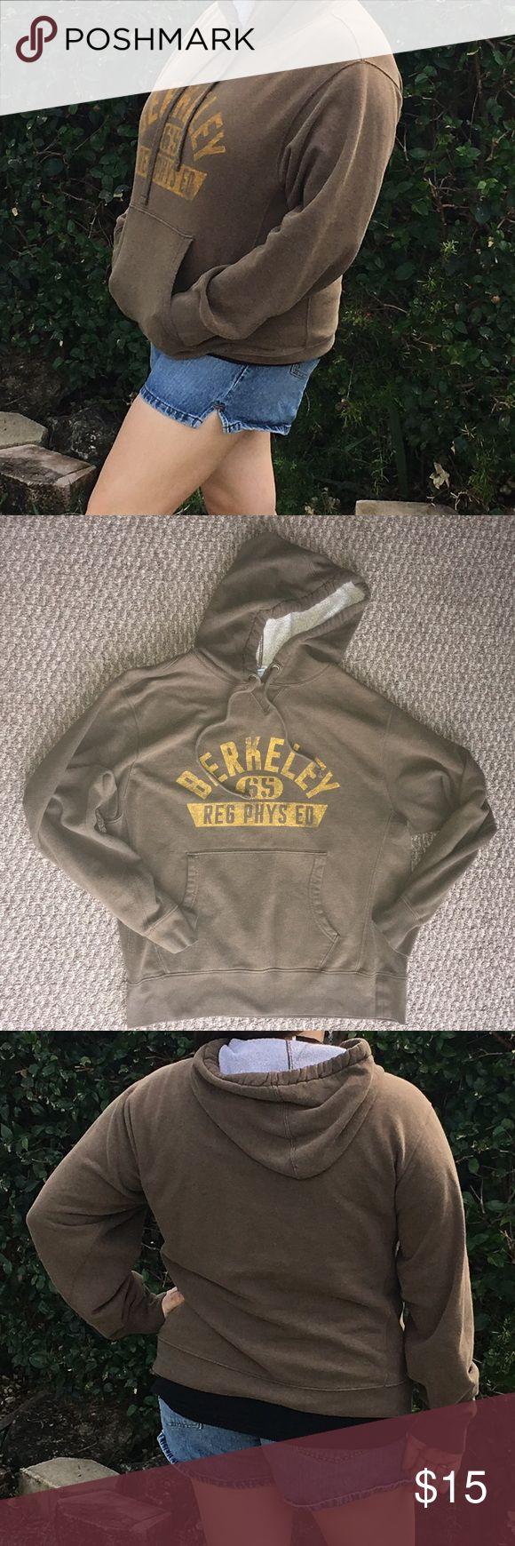 Berkeley Brown & Gold Boyfriend Hoodie Sweatshirt This is an Old Navy Men's size M or Women's XL Hoodie Sweatshirt. It is a comfy, boyfriend hoodie. Not heavy but will still keep you warm! Old Navy Tops Sweatshirts & Hoodies
