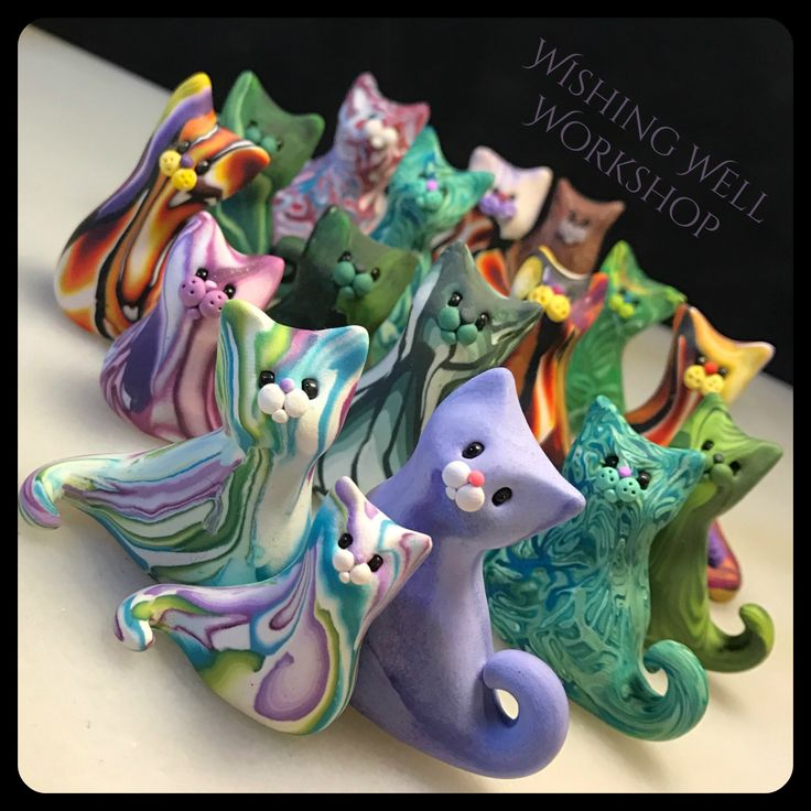 Scrappy Cats! Learn how to make your own with Christi Friesen's tutorial here: https://www.youtube.com/watch?v=UllaE5IkWWw