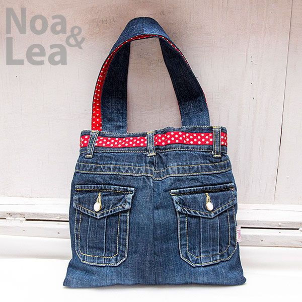 Upcycled trousers handbag by Noa & Lea for mother and daughter Torba Upcykling, Torba ze spodni, Torba z jeansów dla mamy i córki  http://noa-lea.pl/index.php/pl/sklep/sklep-torby/60-torby-pin-up-dla-mamy-i-corki