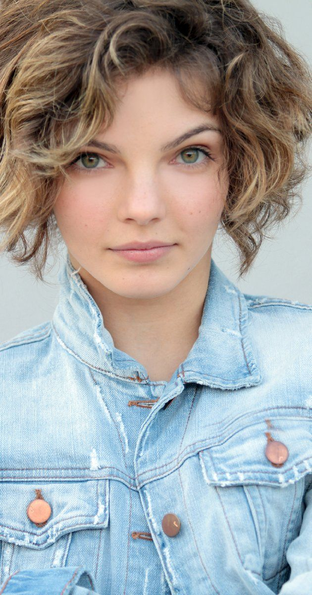 Camren Bicondova, Actress: Gotham. Camren Bicondova is an actress, known for Gotham (2014), Battlefield America (2012) and Girlhouse (2014).