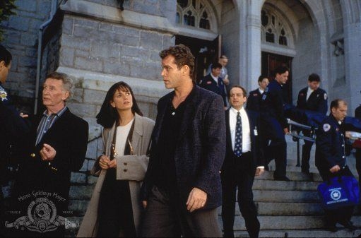 Linda Fiorentino, Ray Liotta, and David Paymer in Unforgettable (1996)