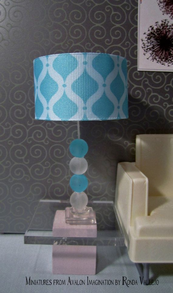 1:6th Scale Barbie or Blythe miniature dollhouse hand made lamp in aqua and white