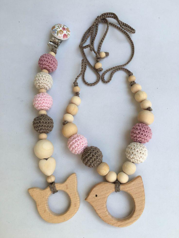 Conjunto de collar de lactancia y juguete de dentición. Modelo Paloma. 100% hecho a mano. Nursing necklace.Teething Bracelet de Trapitobebe en Etsy