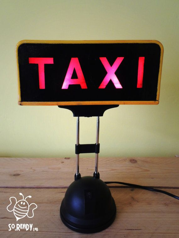 Lampada vintage Taxi #Lamp #upcycling #taxi #funny #soreadystyle - di So.Ready Lab - soreadylab.etsy.com