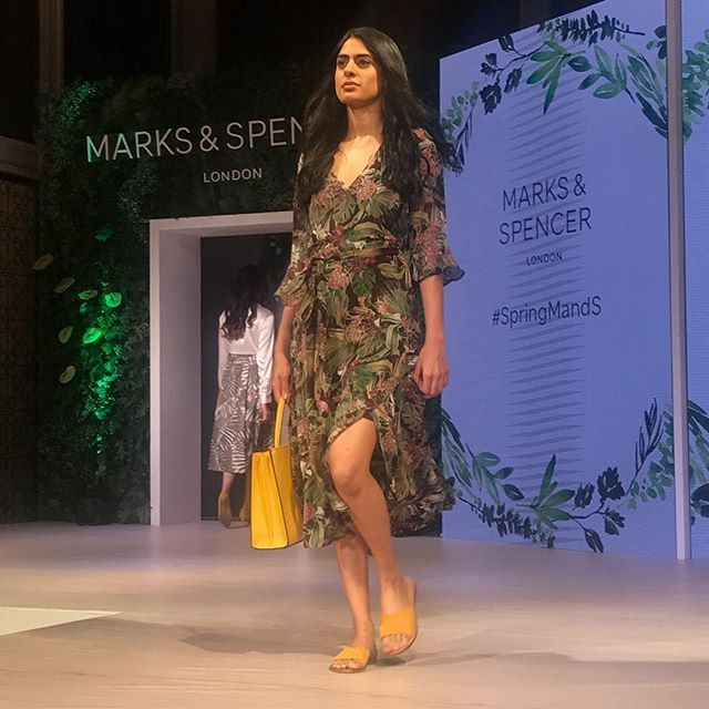 It's a floral heavy summer at Marks & Spencer (@marksandspencerindia) for spring/summer 2018. via VOGUE INDIA MAGAZINE official Instagram - #Beauty and #Fashion Inspiration - Beautiful #Dresses and #Shoes - Celebrities and Pop Culture - Latest Sales and Style News - Designer Handbags and Accessories - International Advertising Campaigns - Gifts and Bargain #Shopping Guide - Famous Luxury Brands on Instagram - Trendsetters Fashionistas and Shopaholics - Editorial Magazine Covers - Supermodels…