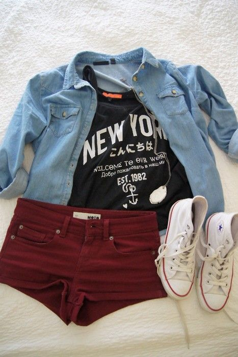 chambray shirt,chucks and shorts