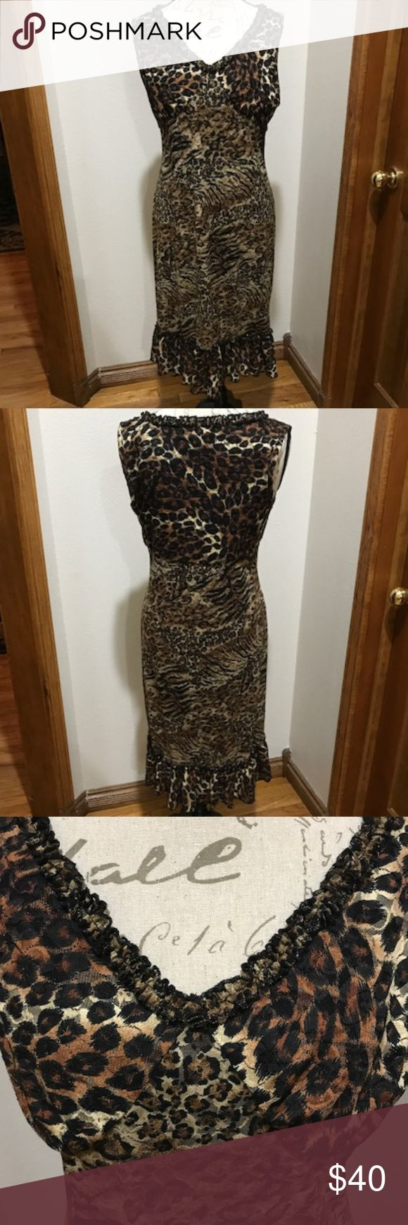 Karen Kane Sleeveless Shealth Dress EUC, only worn one time.  Beautiful! Ruffle detail around the neck and the bottom.  Hits at the knees, has a build in full slip. Karen Kane Dresses Midi