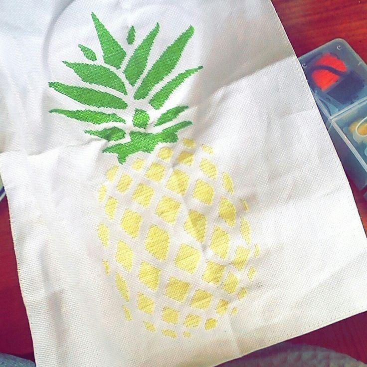 Pineapple big cross stitch