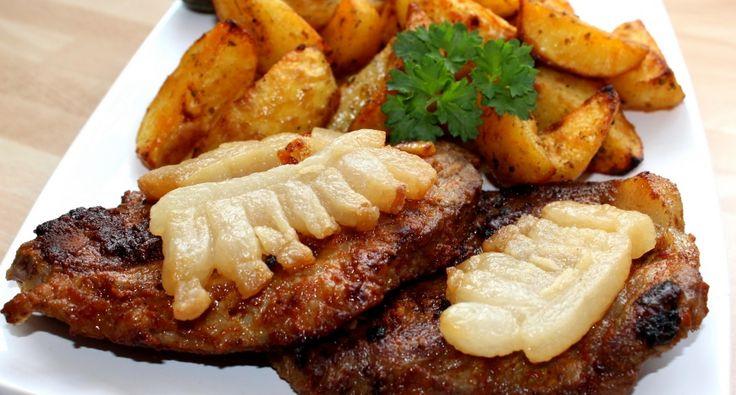 A cigánypecsenye egy rendkívül laktató, finom étel. Nem készítem gyakran, de ha az asztalra kerül, mindenki megnyalja a tíz ujját. :) Bátran mondhatom, megéri elkészíteni ezt az isteni cigánypecsenye receptet! :)