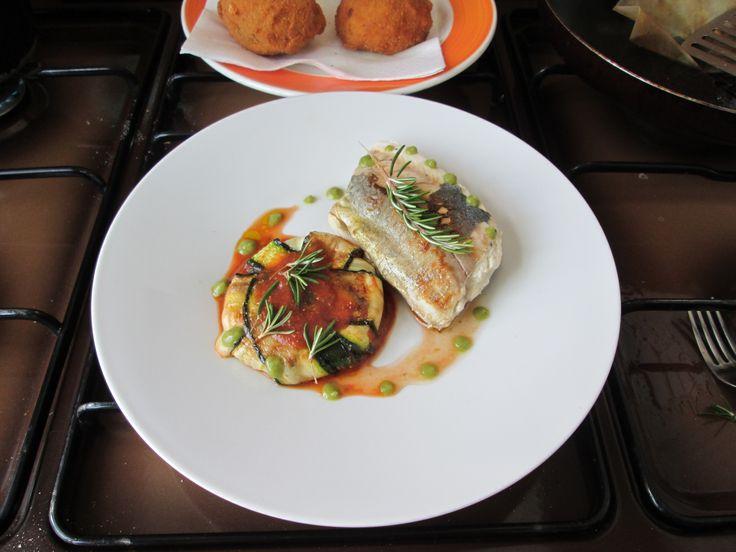 Lampuga arrosto e parmigiana di zucchine con salsa punteggiata di basilico Gino D'Aquino