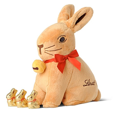 LINDT  Gold bunny toy with chocolate bunnies