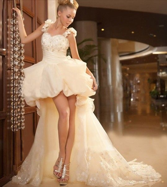 Unique Short in front long wedding dress in Europe and America retro shoulder flowers Slim new