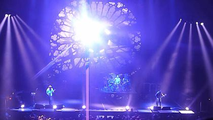 """TOOL Kicks Off North American Tour With New Lasers Same Setlist TOOL Kicks Off North American Tour With New Lasers Same Setlist        According to  The Pulse Of Radio   TOOL  kicked off its 2016 North American tour on Wednesday night (January 6) at the Bill Graham Civic Auditorium in San Francisco performing the same set list that they delivered at their single 2015 show last Halloween in Arizona and opening with a cover of  LED ZEPPELIN 's  """"No Quarter"""" . Also like they did at the fall gig…"""