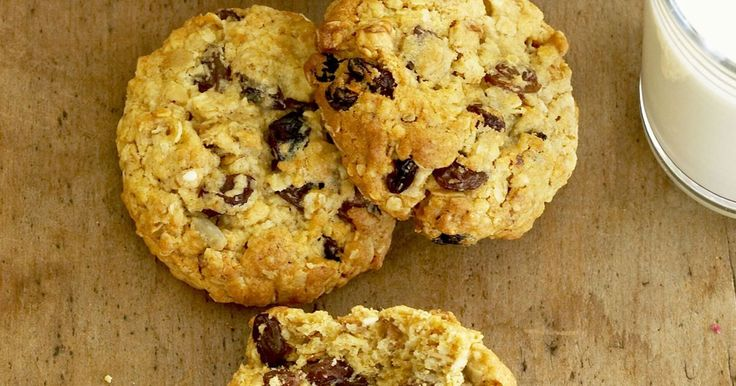 This versatile oatmeal biscuit recipe is simple to make and easy to adapt.