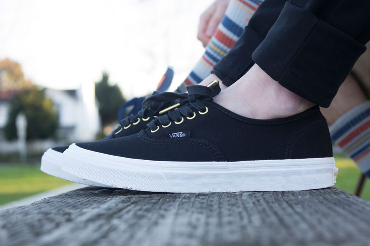 Women's @vans - the perfect pair of sneakers for spring & summer! http://www.premiumlabel.ca/outlet/news/spring-style-guide