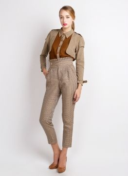 Deways Trench Shirt Rp 400.000,- MYE High Waist Paperbag Pants Rp 315.000,-