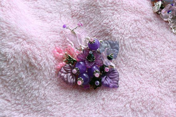 Pink Beaded Brooch Pink Flower Brooch от VikaRepkaHandMade на Etsy