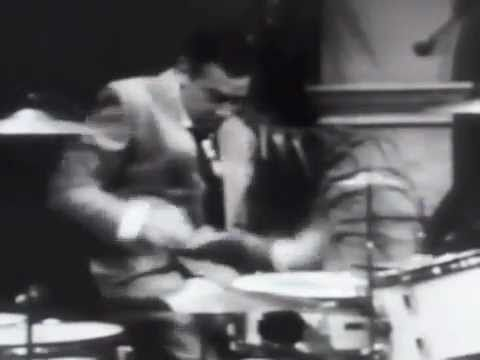 Buddy Rich - Awesome drum solo (fast)    :))