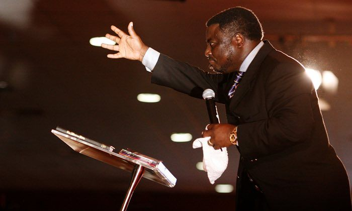 WATCH – PASTOR ASHIMOLOWO URGES MEMBERS TO PAY $1,000 DOLLARS FOR EACH YEAR THEY HAVE LIVED ON EARTH