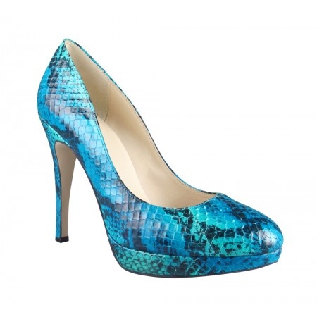 turquoise AND snake.  must learn to walk in Proper Heels!