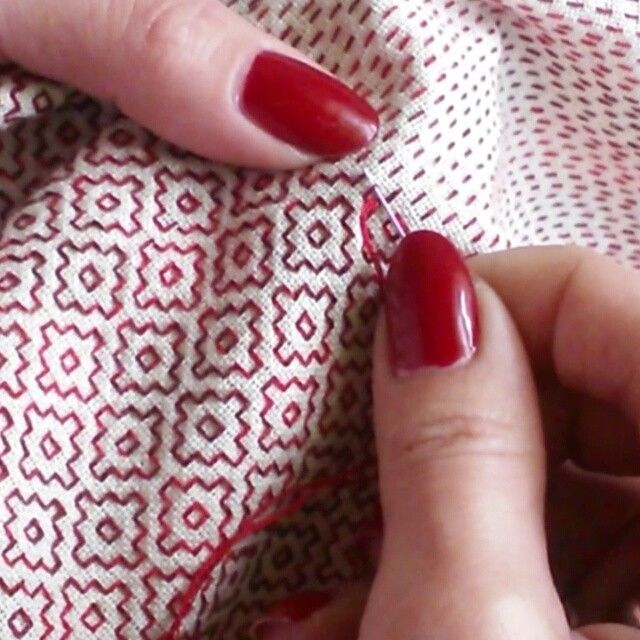 Great little video of sashiko stitching / liubov21.03.76_ on instagram