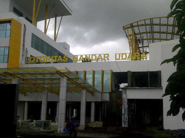 Proyek Bandara Udara.  Signage Dengan MDF finishing Duco