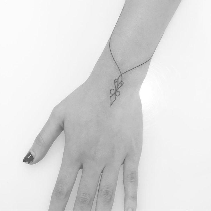 Bangle bracelet tattoo #jonboytattoo