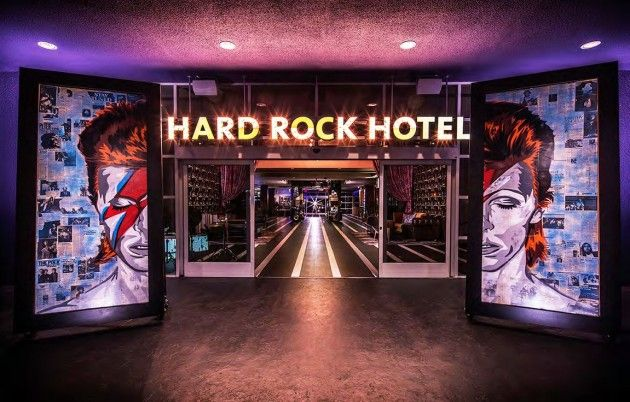 Hard Rock Hotel à Palm Springs en Californie - Visit the website to see all pictures http://www.amenagementdesign.com/hotel/hard-rock-hotel-a-palm-springs-en-californie