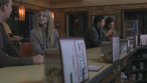 You see that blonde at the bar? That is Mackenzie Ackles. Jensen's little sister. How did I not know she made appearances as an extra in Bloodlust and Slash Fiction!?