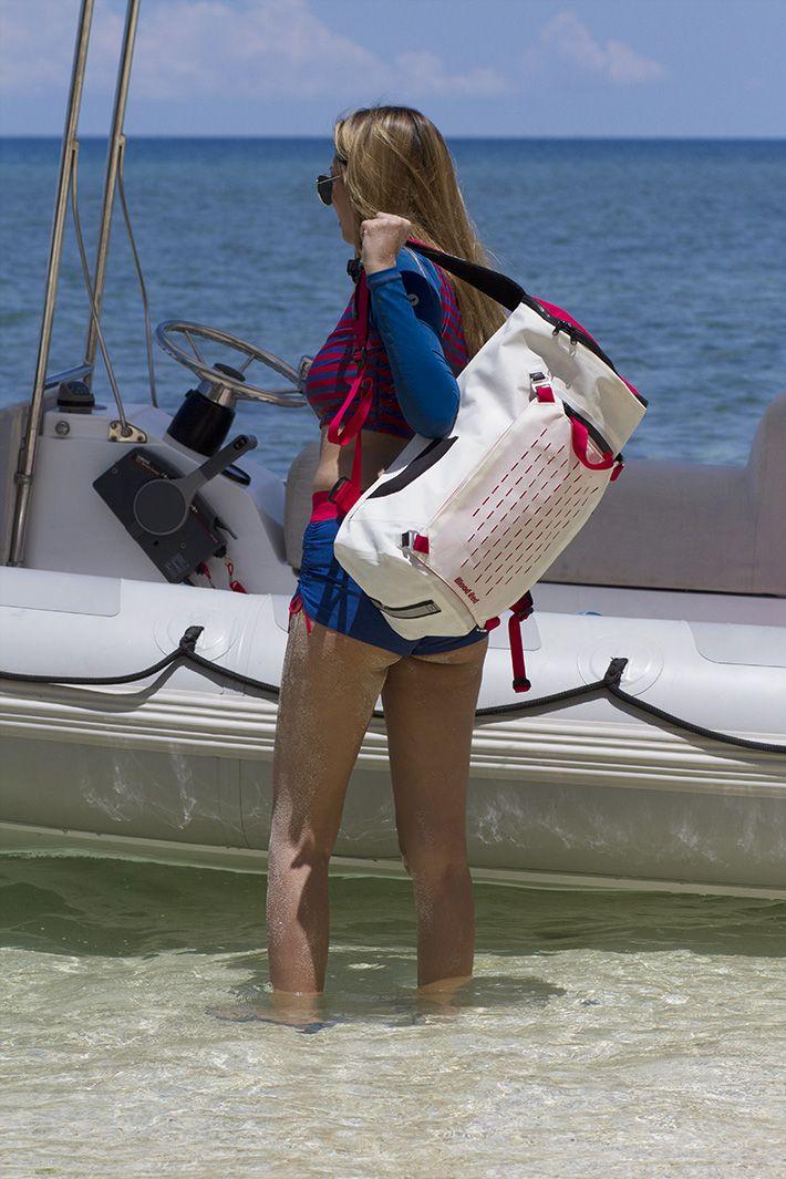 Lightning Waterproof Backpack 30L #bloodredclothing #bloodreddrybag