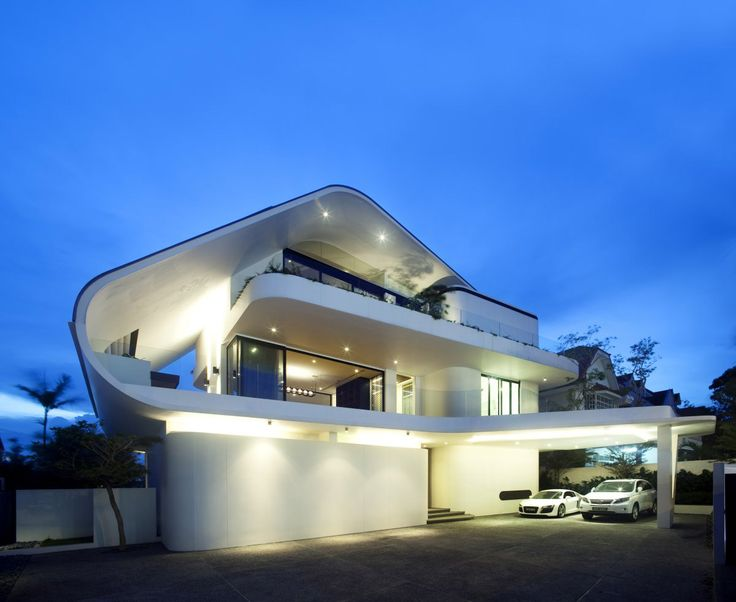 Siglap road house in singapore front of the house designed by aamer architects