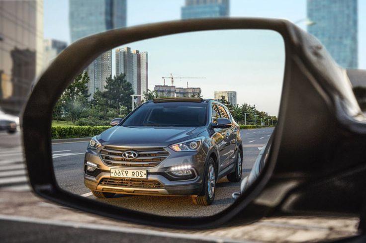 "555 aprecieri, 2 comentarii - Hyundai Motor Group (@hmg.journal) pe Instagram: ""In that short moment, a quick glance at #Santafe - 멈춰 선 찰나, 시선 #싼타페 - #peekingthrough #withenvy…"""