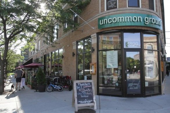 Uncommon Ground, Clark Street, Chicago - been there many times....and across the street at the piano man...this is near Wrigley field