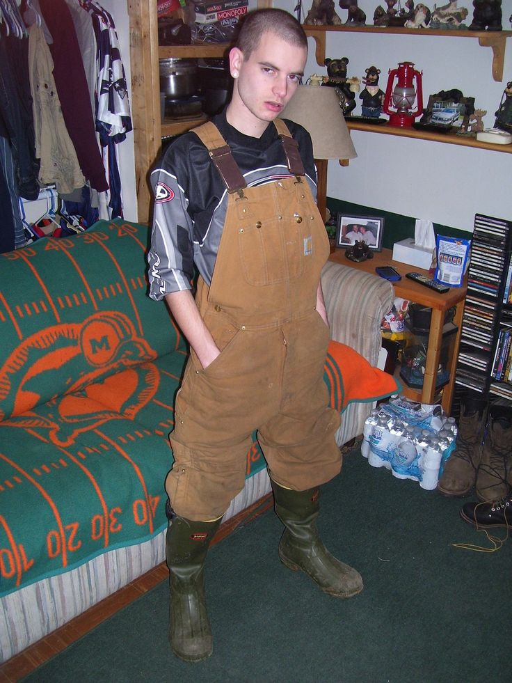 A Double Whammy Of Fashion No No 39 S Overalls And Rubber Boots Guys Wearing Overalls