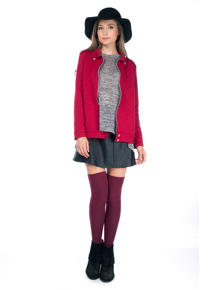 Visítanos en www.clickonero.com.mx El estilo personal marcan tu día a día  #moda #fashion #mujer #casual #ropa #estilo #saco #chamarra #falda #botas #sombrero #combinacion