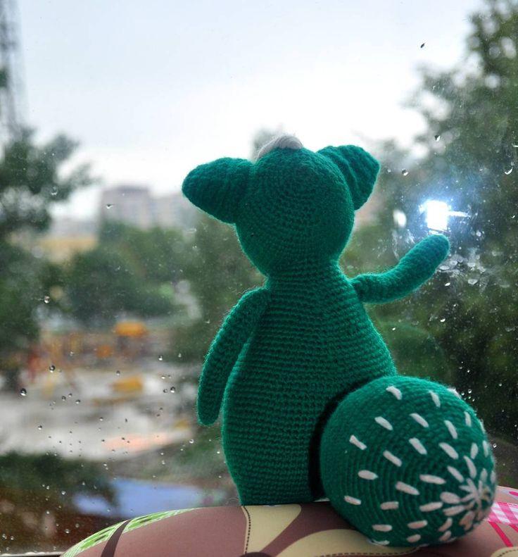"""""""Земную жизнь пройдя до половины,  Я очутился в сумрачном лесу...."""" #хобби #хендмейд #рукоделие #ручнаяработа #вязание #вязаное #вязаниекрючком #вязаныеигрушки #вязаныекуклы #куколки #кукла #авторскаякукла #amigurumidoll #amigurumi #crochet #knitting #weamiguru #faurikdolls #амигуруми #toy_gallery #gurumigram #villy_vanilly_shop #лентаhm #лис"""