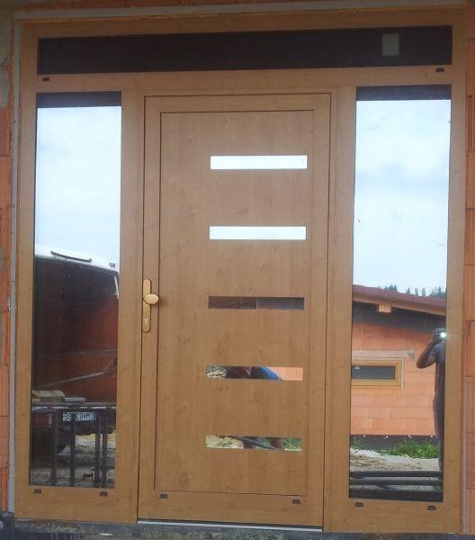 HPL GAVA 916L http://www.gavaplast.sk/produkty/gava-916-nussbaum-vchodove-dvere-916