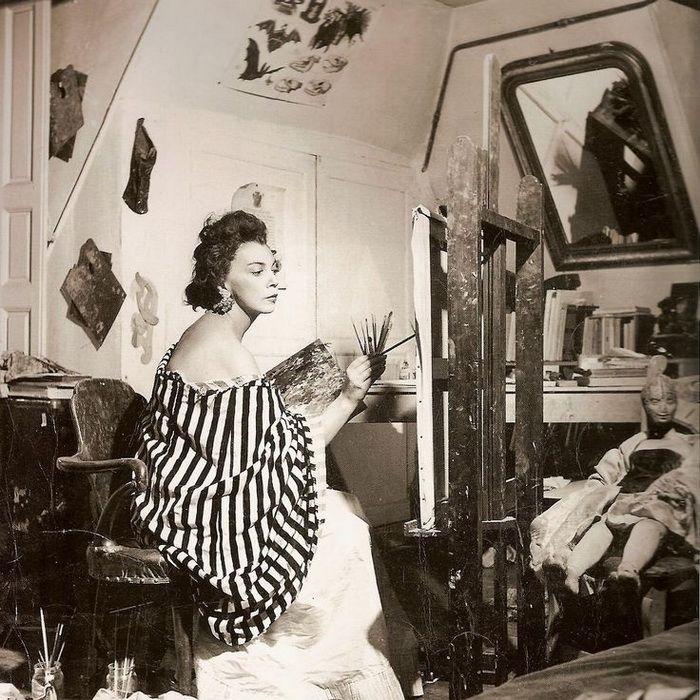 Леонор Фини, парижская студия, 1952 год